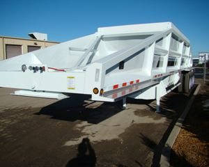 Dakota Trailer Mfg. 4300BD Bottom Dump Semi Trailer