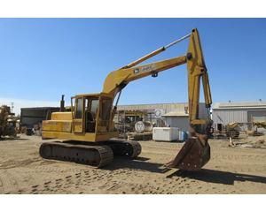 John Deere 690B Crawler Excavator