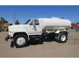 Ford F-700 Water Tank Truck