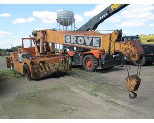 Grove 1012 17.5 Ton Carry Deck Cranes