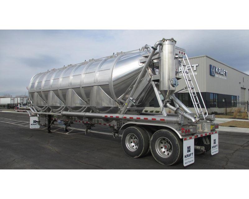 Dry Bulk Truck Blowers : Polar pneumatic vacuum trailer dry bulk