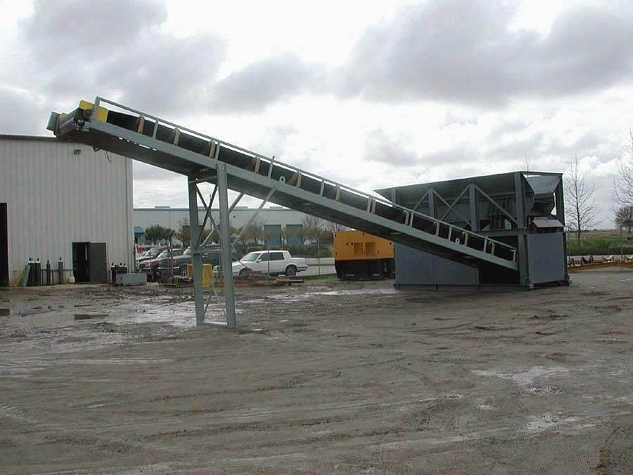 Rock Systems 501-4250 Conveyor / Stacker For Sale | Red