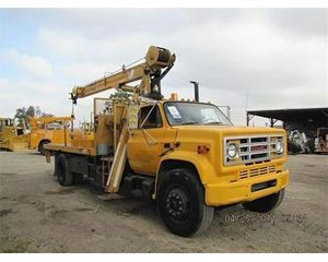 GMC 7000 Crane Truck