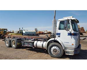 White / GMC WG Roll-Off Truck