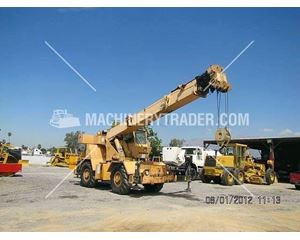 Grove RT515 Rough Terrain Cranes