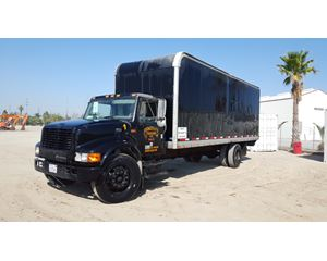 2000 International 4700 Moving Van / Box Truck