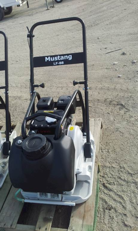 Mustang Lf88 Plate Compactor For Sale Colton Ca 9640984