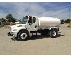 Freightliner BUSINESS CLASS M2 106 Water Truck