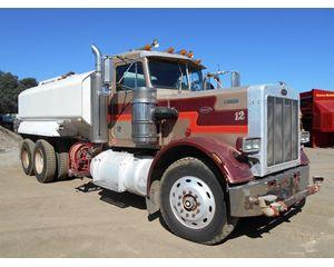 Peterbilt 359S Water Wagon