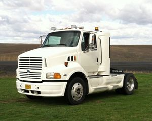 Ford F-9513 Day Cab Truck