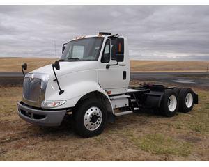 2009 International 8600 Conventional Truck