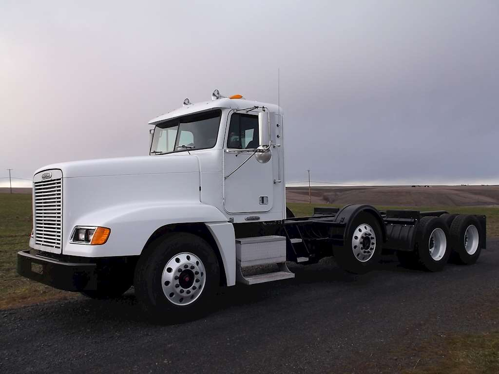 Fld 120 Freightliner Semi Truck : Freightliner fld day cab truck for sale