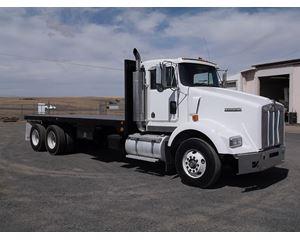 1997 Kenworth T800 Flatbed Truck