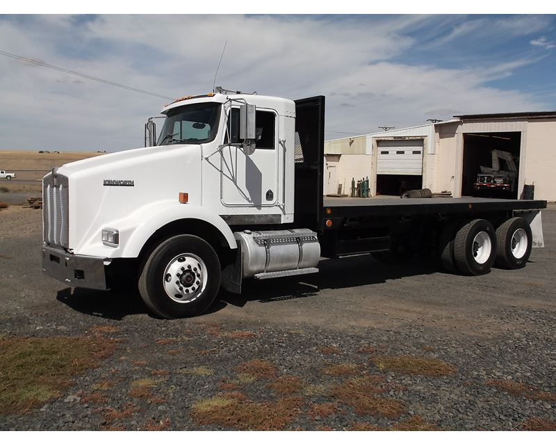 1996 Great Dane Flatbed Trailer 8843201 likewise Know Towing Fifth Wheel also 1997 Kenworth T800 Flatbed Truck 8801483 as well Horse Trailer Rental in addition Moving Container Size. on flatbed semi trailers for sale used