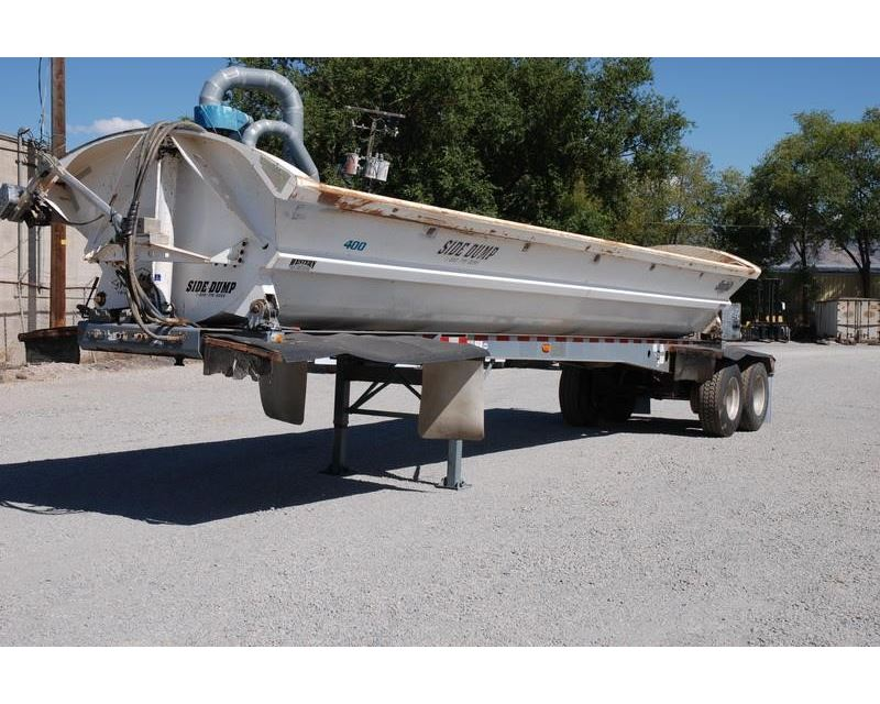 Midnight Rider Worlds Heaviest Limo Needs To Be Pulled By Tractor Trailer likewise 2003 Smithco Side Dump Semi Trailer 8713289 furthermore Product 200269924 200269924 furthermore Category 0 Equipment Cub Cadet further i Saves Miles With Fellings Pup Trailer. on 40 yard dump trailers