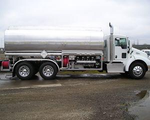 Amthor CARDINAL Gasoline / Fuel Tank Trailer