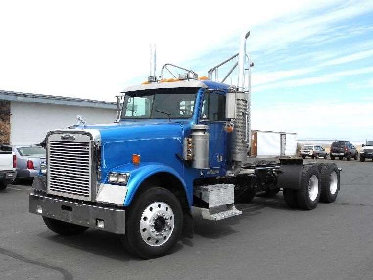 1995 freightliner fld120 classic heavy duty cab chassis truck for sale 1 310 397 miles. Black Bedroom Furniture Sets. Home Design Ideas