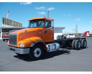 International 5900i SBA Heavy Duty Cab & Chassis Truck