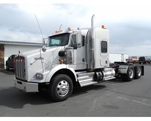 Kenworth T800 Sleeper Truck