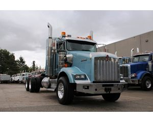Kenworth T800B Conventional Truck