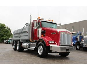 Kenworth T800B Heavy Duty Dump