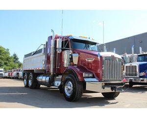 Kenworth T800B Dump Truck