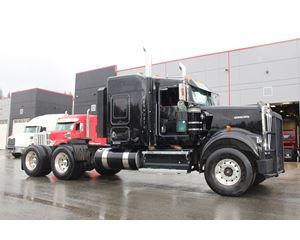 2009 Kenworth W900 B Sleeper Truck