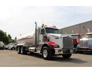 Kenworth T800 Extended Daycab