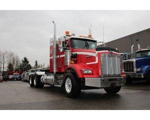 Kenworth T800B Winch Truck