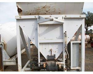 U-Cart CB-1 Asphalt Paver