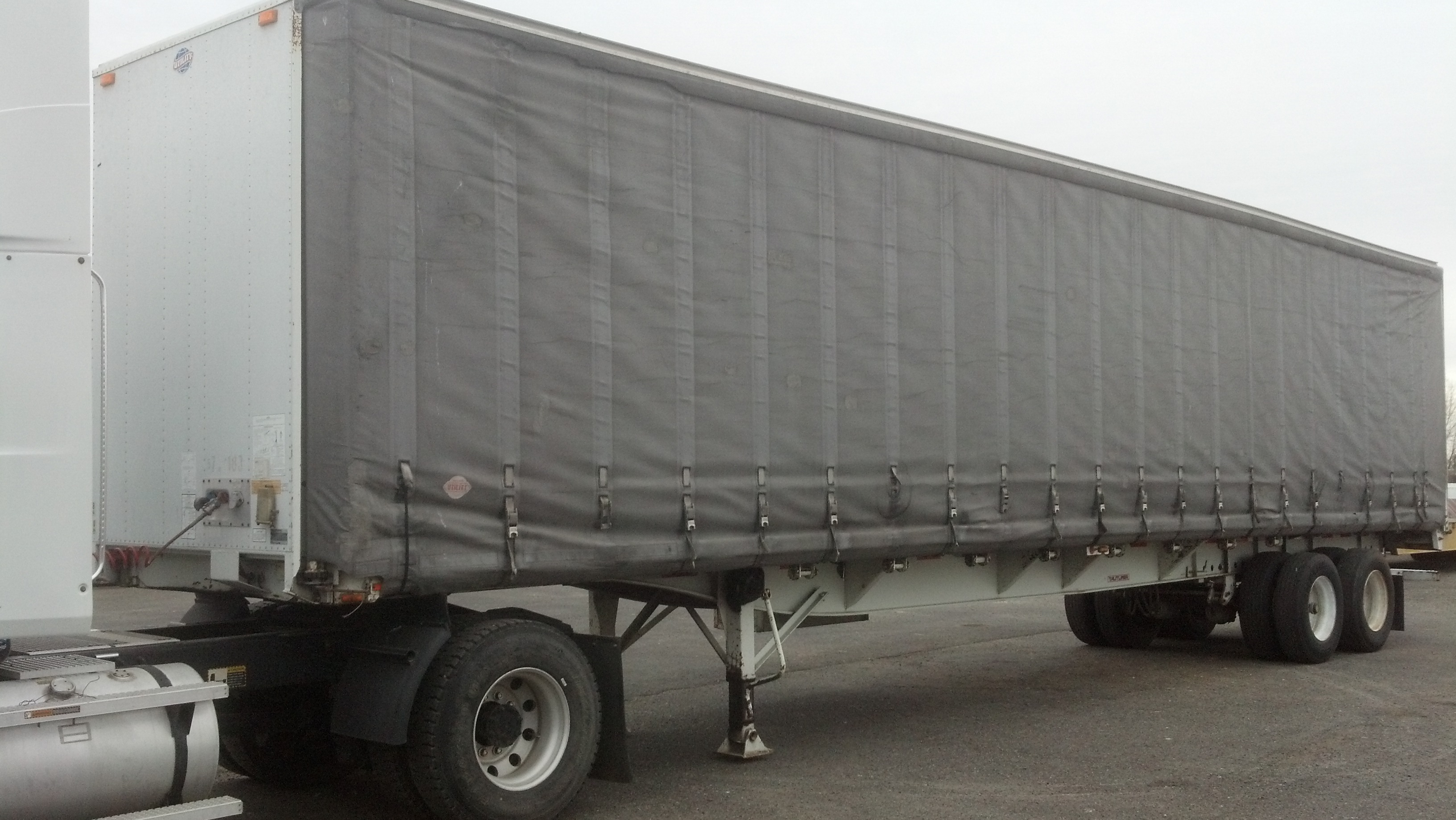 Clean Plastic Shower Curtain Reefer Flatbed Trailers