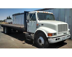 NAVISTAR/INTERNATIONAL 4700 Flatbed Truck
