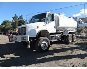 2005 Freightliner FL80 Water Truck