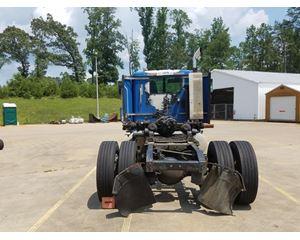 International 9200 Diesel Day Cab Tractor