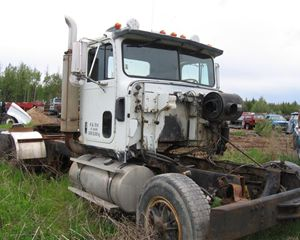 International Harvester 9370 Truck Part