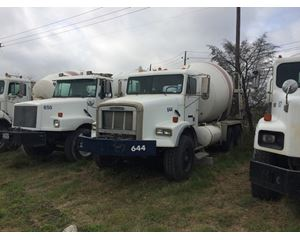 Freightliner ? Mixer / Ready Mix / Concrete Truck