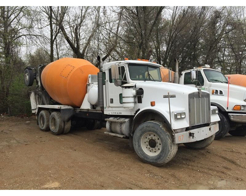 1999 Kenworth W900b Mixer Ready Mix Concrete Truck For