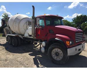 Mack GRANITE CV513 Mixer / Ready Mix / Concrete Truck