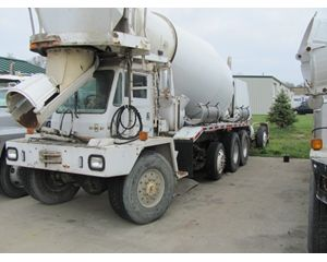Oshkosh S Series Mixer / Ready Mix / Concrete Truck