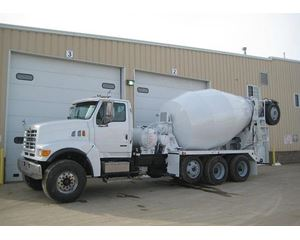 Sterling 8511 Mixer / Ready Mix / Concrete Truck