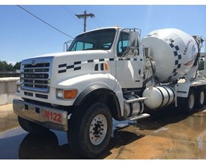 Sterling 9500 Mixer / Ready Mix / Concrete Truck