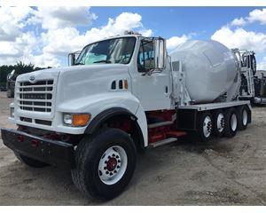 Sterling LT8511 Mixer / Ready Mix / Concrete Truck
