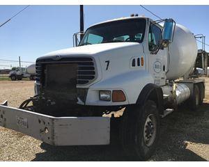 Sterling LT9500 Mixer / Ready Mix / Concrete Truck