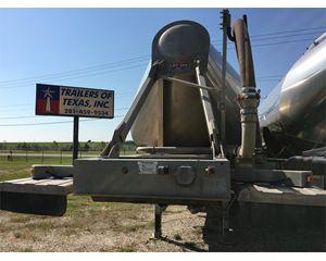 LBT 1000 Cu Ft Dry Bulk Pneumatic Dry Bulk / Pneumatic Tank Trailer