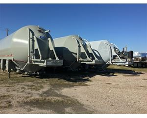 Retesa 4050 Cu Ft Storage Pig / Guppy Dry Bulk / Pneumatic Tank Trailer
