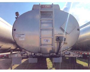 Heil 9400 Gallon 4 Compartment Gasoline / Fuel Tank Trailer