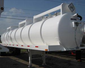FWF 6300 Gallon DOT 407/412 Code Vacuum Tank Trailer