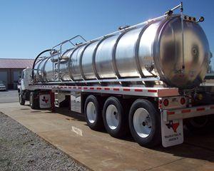 ITT 8,000 gal (190 bbl) Aluminum Vacuum Tank Trailer