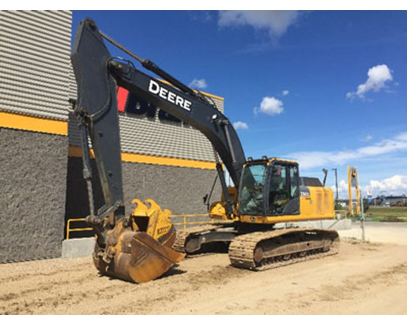 John Deere 250GLC Crawler Excavator
