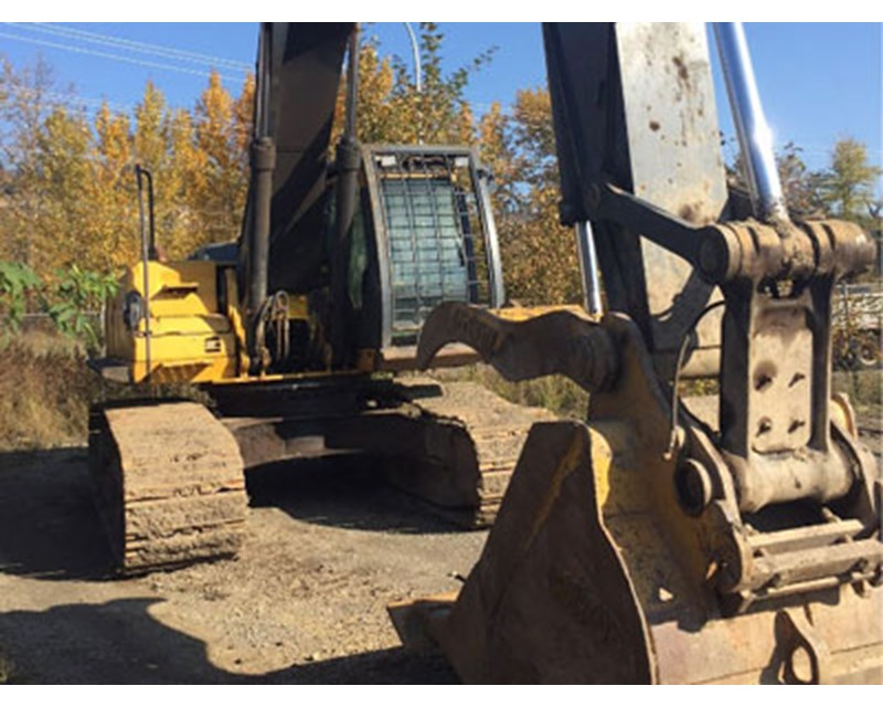 John Deere 350DLC Crawler Excavator